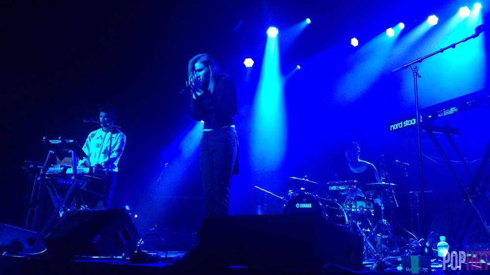 Brother/Sister duo Georgia and Caleb of Broods performing.